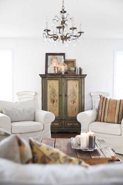 Traditional Victorian Living Room Furniture: The White Oak Victorian
