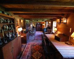 The William Farley House farmhouse-living-room