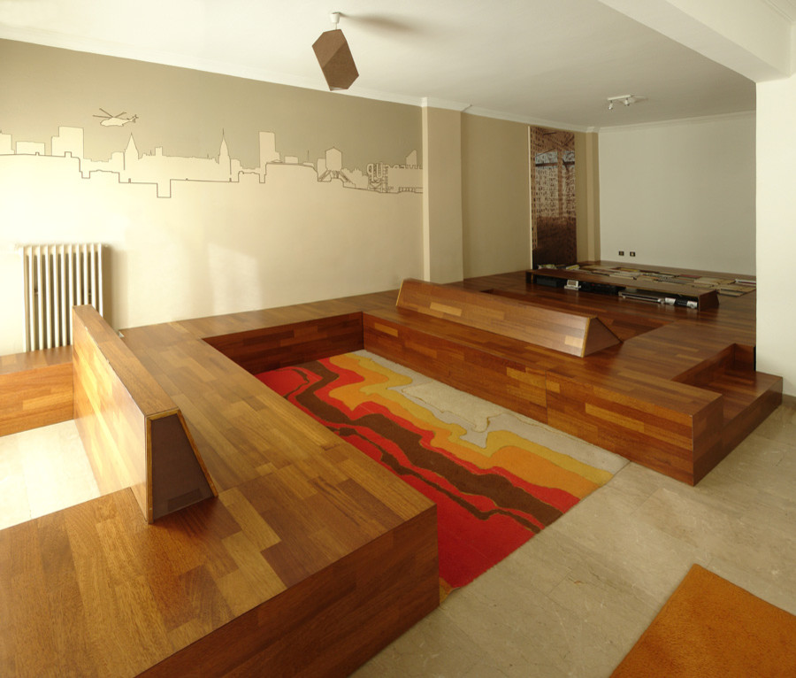 Minimalist living room photo in Other