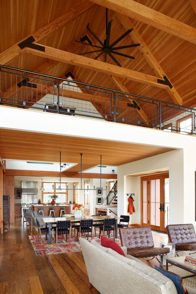 Farmhouse living room photo in Milwaukee