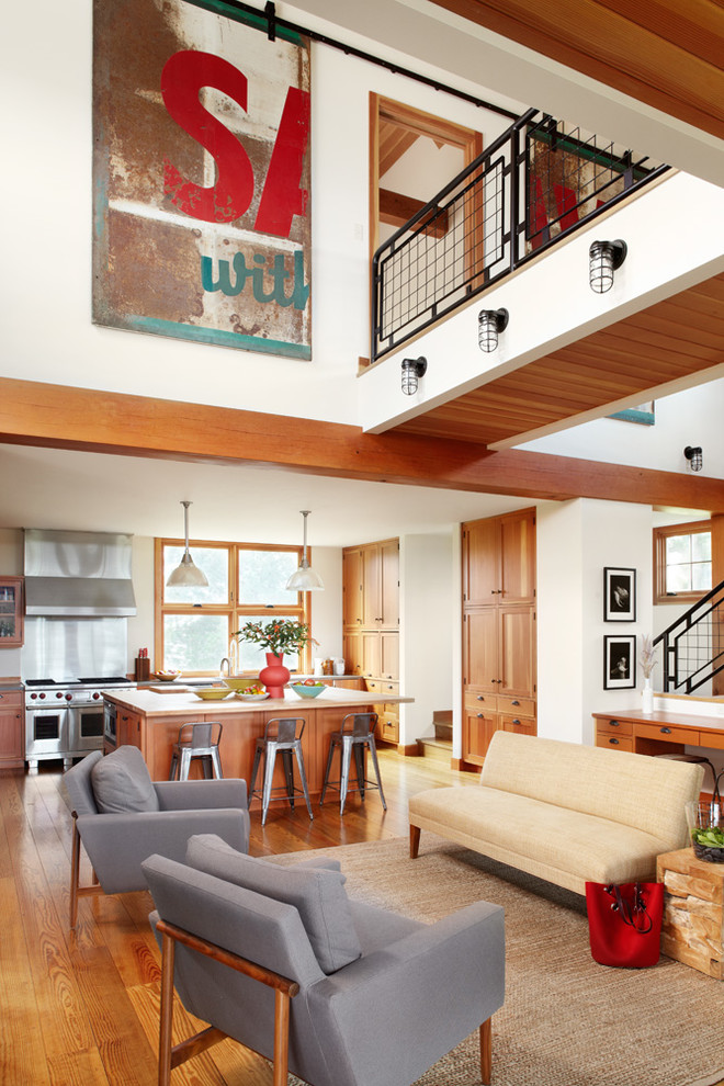 Inspiration for a cottage living room remodel in Milwaukee