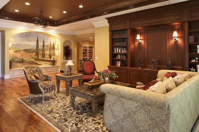 Thonotosassa traditional-living-room