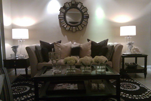 THRIFTED CHIC by NYCLQ @ FOCAL POINT eclectic-living-room