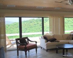 Tiffany Cassidy contemporary-living-room