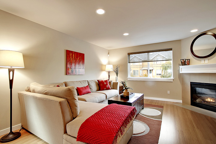 Townhouse Living Room Modern Living Room Seattle By Seattle Staged To Sell And Design Llc