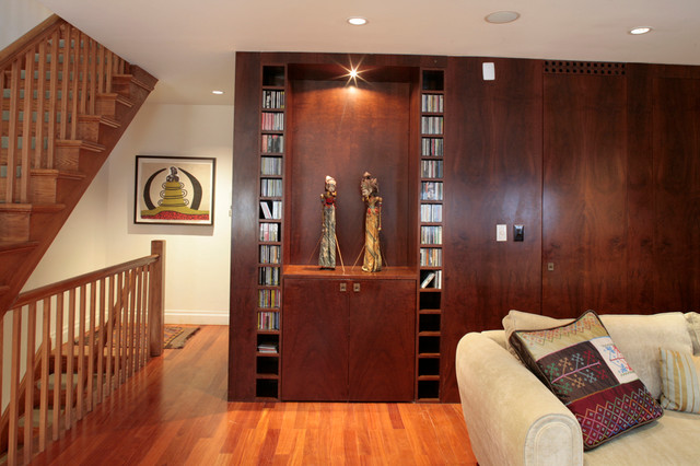 Townhouse NYC modern-living-room