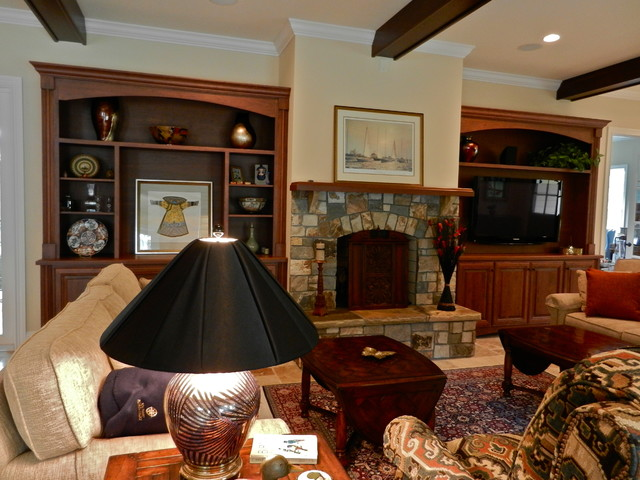 Traditional American traditional-living-room