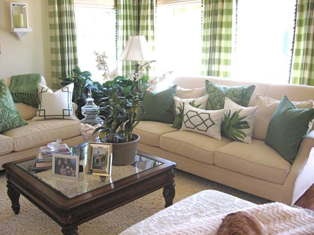 Green living room traditional living room los for Green traditional living room