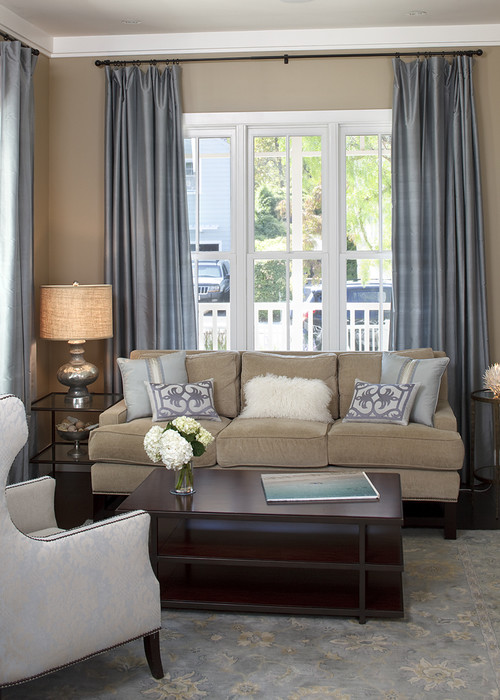 Silvery gray curtains in the living room