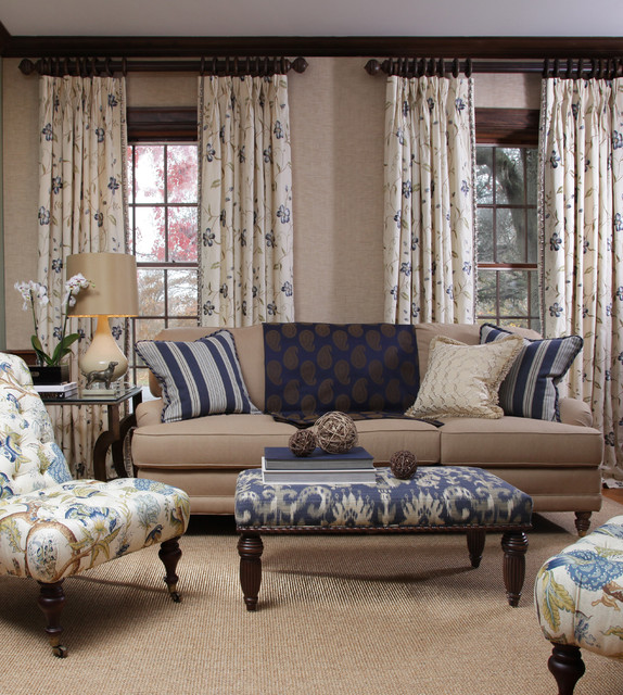 Traditional Living Rooms Furniture Fabric