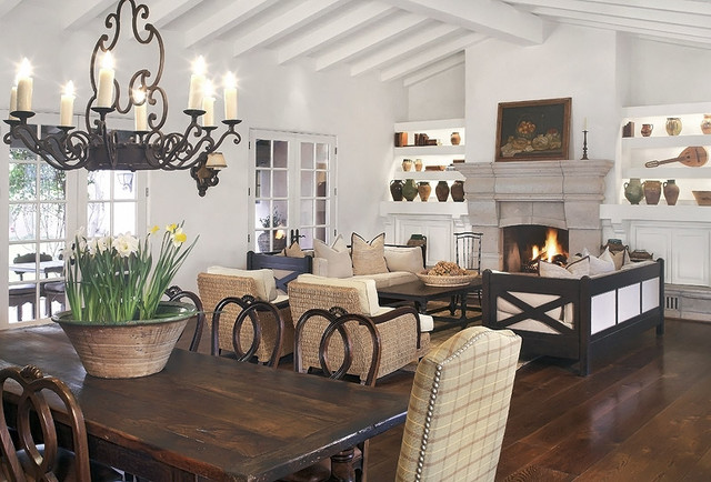 Paradise Valley Residence traditional-living-room