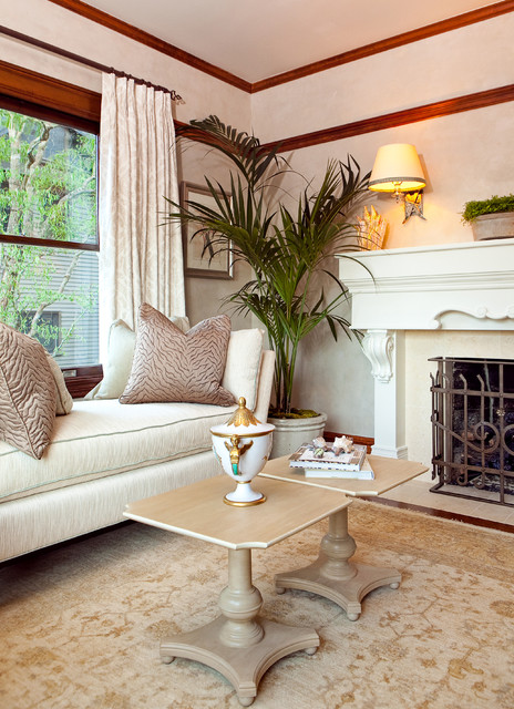 Traditional Victorian Living Room Furniture: Traditional Living Room