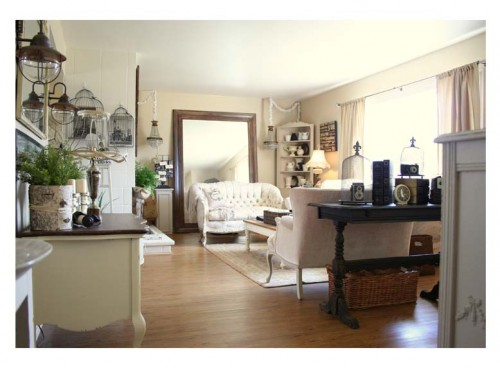 Since It Makes The Energy Of A Room More Active, One Of The Best Rooms To  Have A Mirror Is In The Living Room.