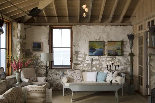 rnover intelligemment la maison en dtournant par exemple la barre de fer installe au plafond tout autour du salon qui sert fixer le toit aux - Rnovation Maison De Campagne