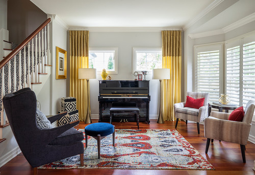 If You Do Not Have A Fireplace, You Can Use A Large Bold Piece Of Artwork,  A Piano, Or A Beautiful Light Fixture As Your Focal Point.