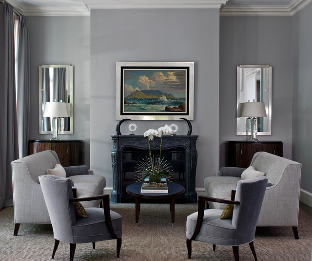 Traditional Living Room Idea In Chicago With Gray Walls Part 26