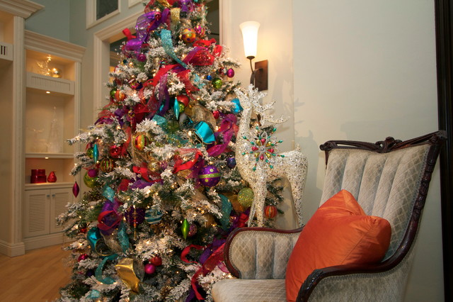 Christmas decorations traditional living room san diego by robeson design for Living room sessions christmas