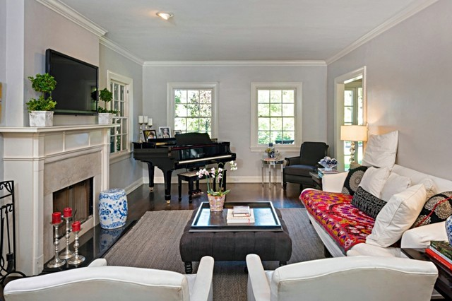 Traditional living room with grand piano classique for How to place a piano in a room