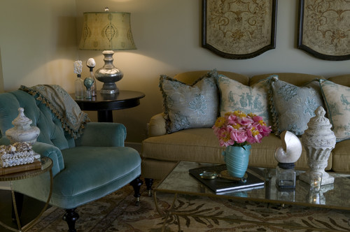 Zuniga Interiors traditional living room