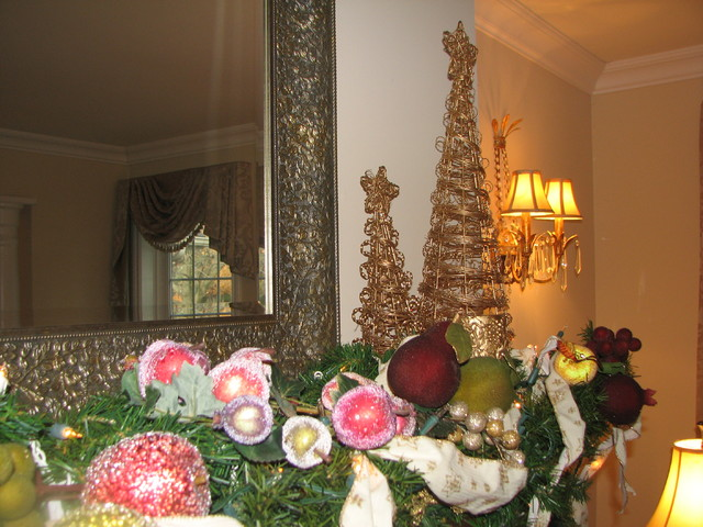 Decorating Ideas > Traditional Mantle Christmas Decor  Traditional  Living  ~ 213040_Houzz Christmas Decorating Ideas