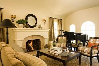 Traditional mediterranean living room