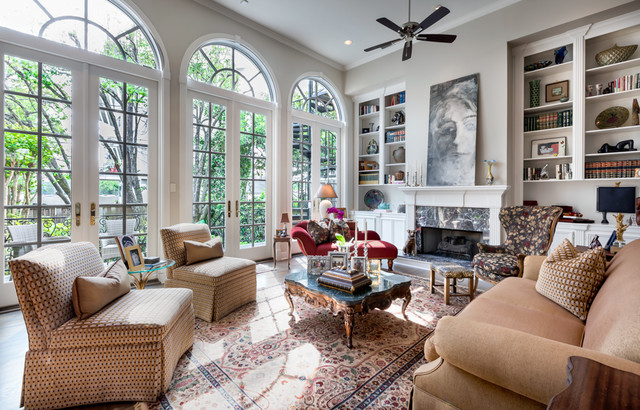 Traditional Townhouse Traditional Living Room Houston By Oz Interiors By Jorge Cantu
