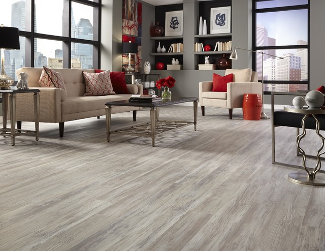 Tranquility 5mm Grizzly Bay Oak Click Resilient Vinyl