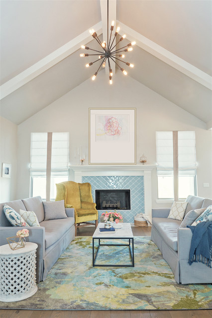Casual Elegant Living Room: Casual And Elegant Living Room With Vaulted Ceilings
