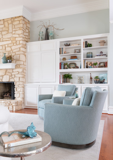 Transitional Ranch traditional-living-room