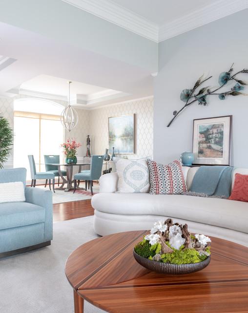 Classic living room in Dallas.