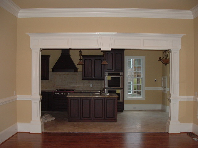 Great Trim And Moulding Traditional Living Room