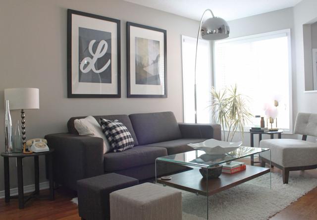 Trendy Living Room Photo In Ottawa