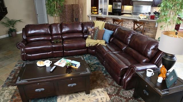 Tritontraditional Living Room San Go