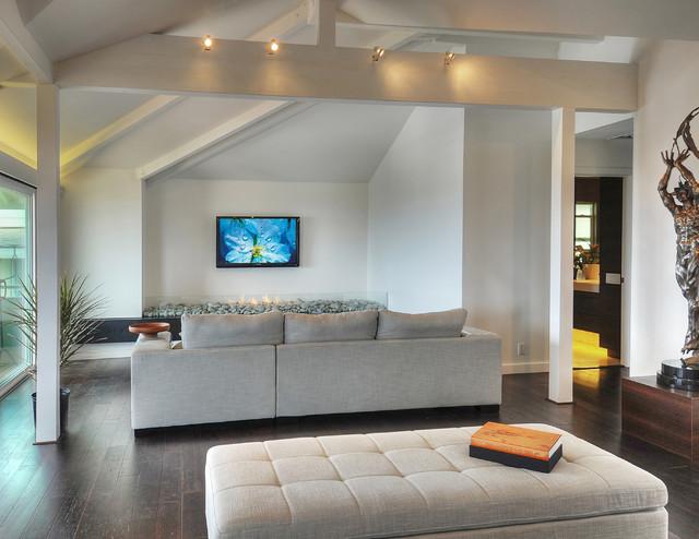 Tropical Modern Metamorphosis Contemporary Living Room