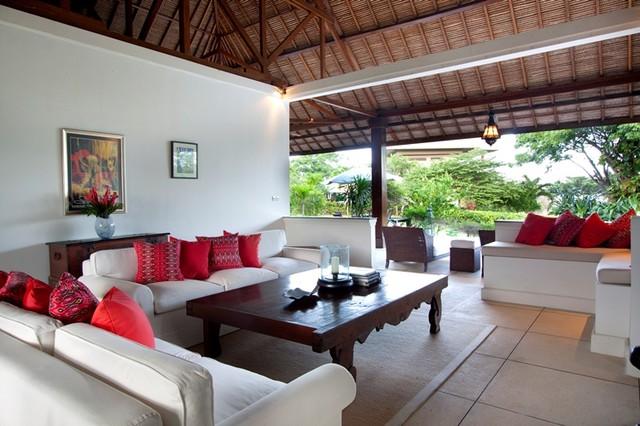 Tropical Villa in Bali tropical-living-room