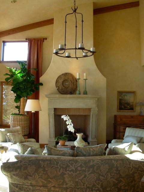 Tuscan farm house / Brasada Ranch traditional-living-room