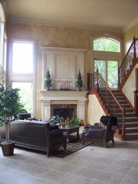 Tuscan Living Room Faux Finish Walls And Fireplace Traditional Living Room Kansas City