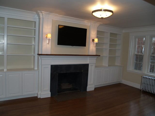 Tv 39 S Over Fireplace Traditional Living Room Boston By Dishington Construction Inc