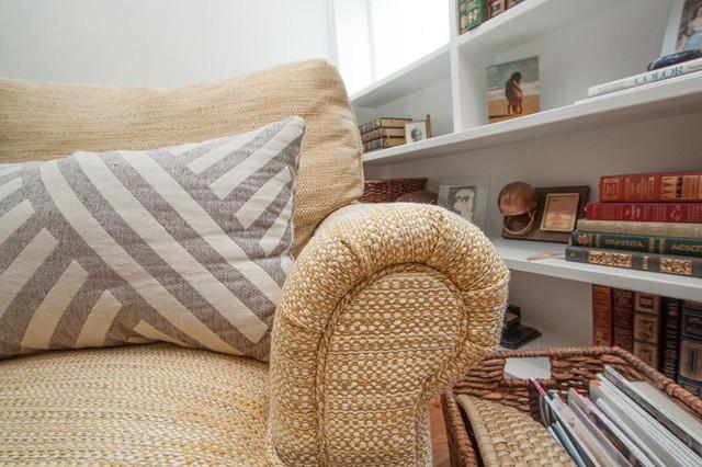 U fabulous home tour coastal in kilmarnock beach style for Living room kilmarnock