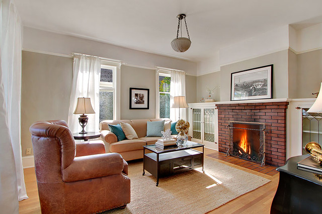 University Bungalow Living Room Traditional Living Room Seattle By Lisa Lucas Design Houzz Au