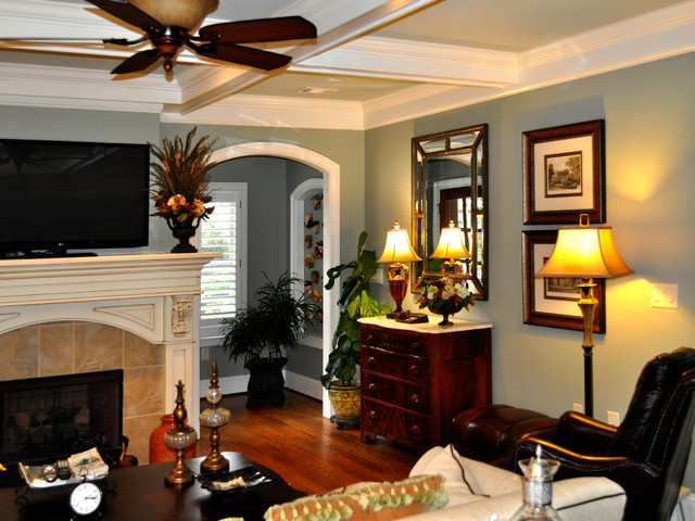 Updated Interior Living Room Dining Room Amp Kitchen With
