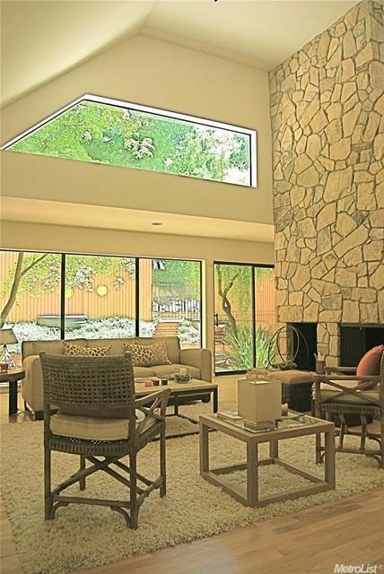 Urban contemporary contemporary living room sacramento by gordon design associates Contemporary urban living room