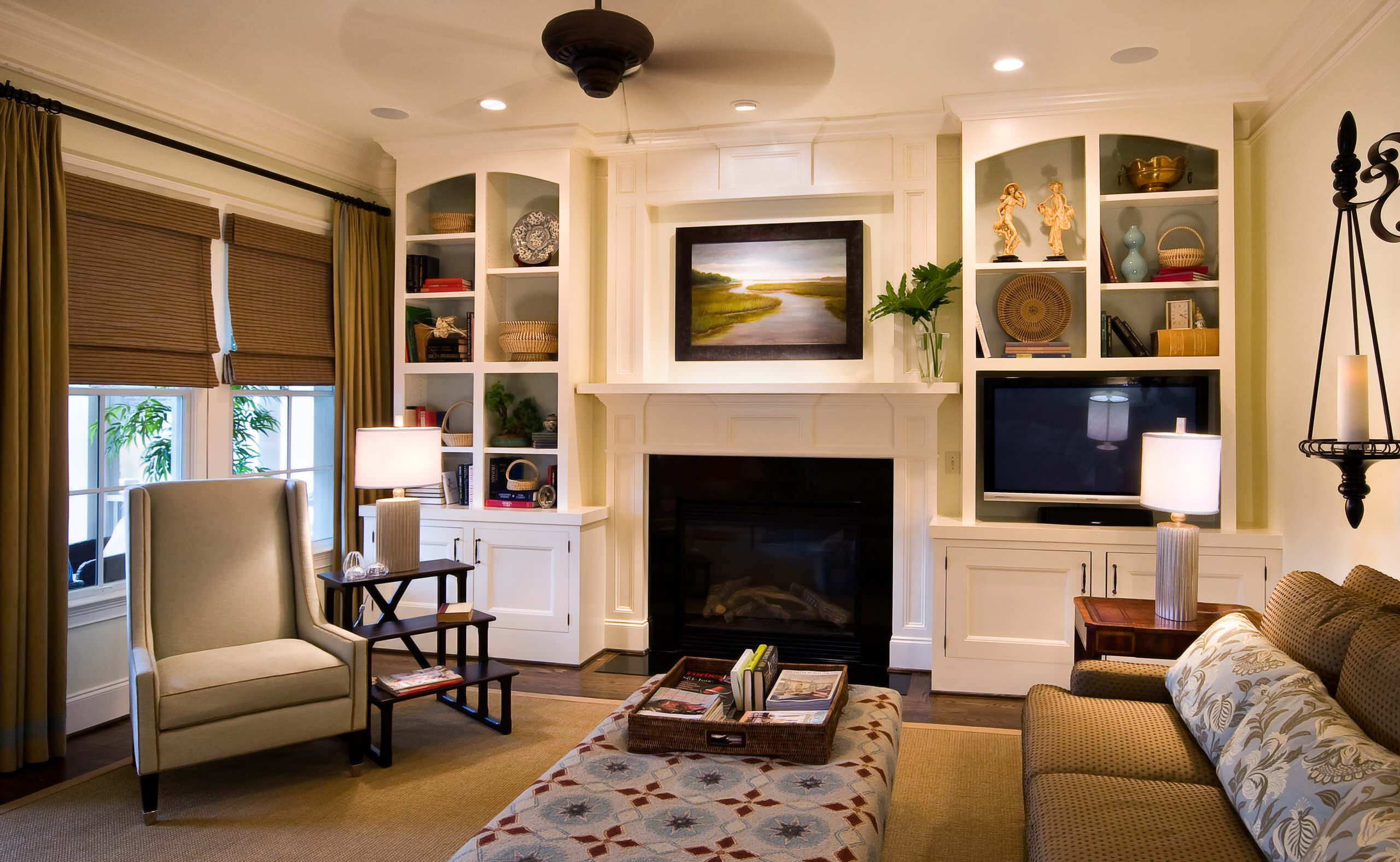 Off-Center Fireplace Living Room Ideas & Photos | Houzz