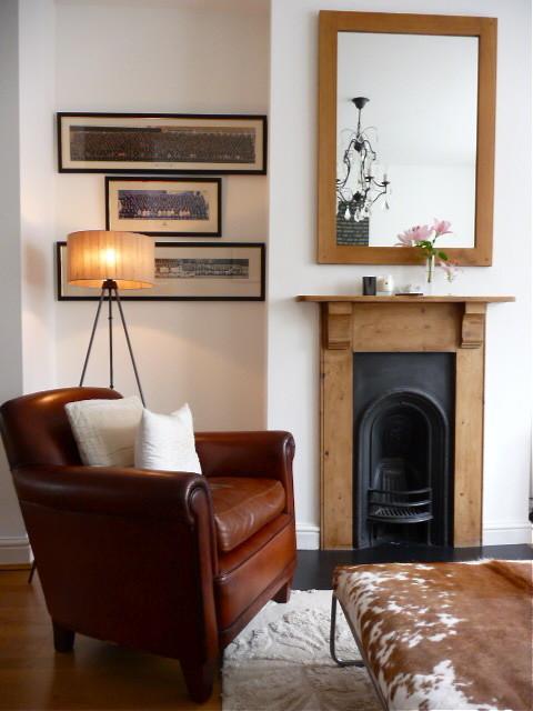 v eclectic-living-room