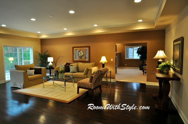 Vacant model home staging eclectic living room for Model home living room