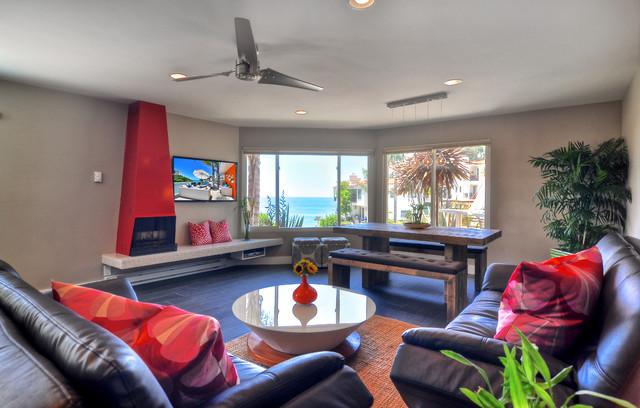 Vacation Rental contemporary-living-room