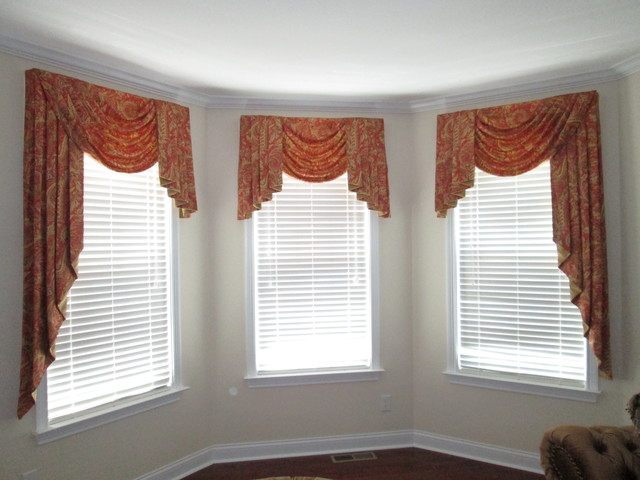Valances traditional living room cincinnati by all for Living room valances and swags