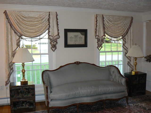 Valances Traditional Living Room