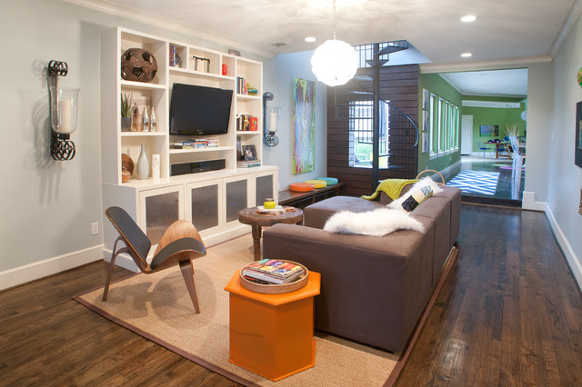 Example Of A Minimalist Living Room Design In Dallas With Gray Walls Part 98