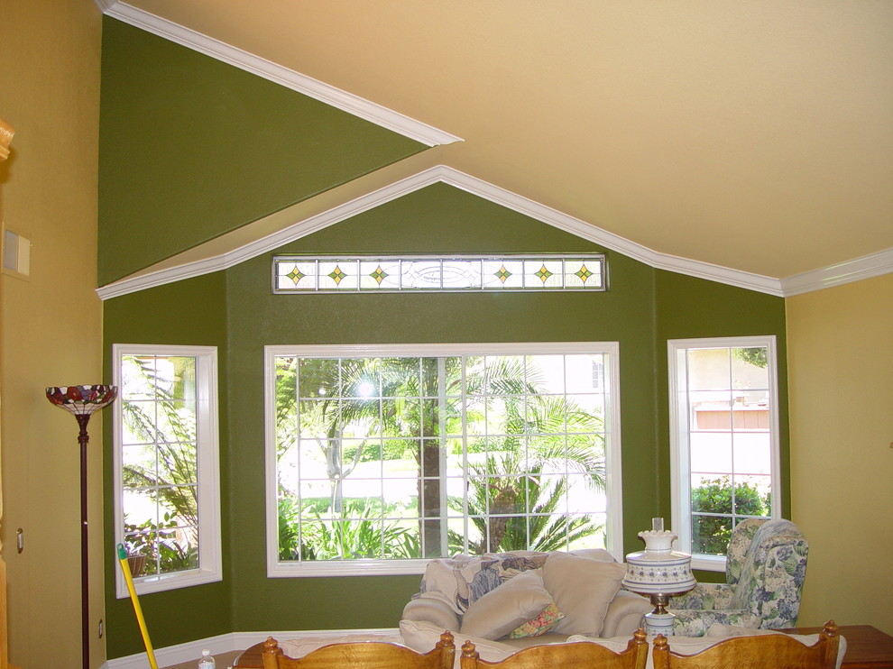 Vaulted Crown Moulding Crown Installation Contemporary Living Room San Diego By Tflarkin Inc